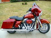 2009 - Harley-Davidson Streetglide Touring Red