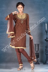 Get Classic Salwar Suits and Salwar Kameez Online at Riafashions